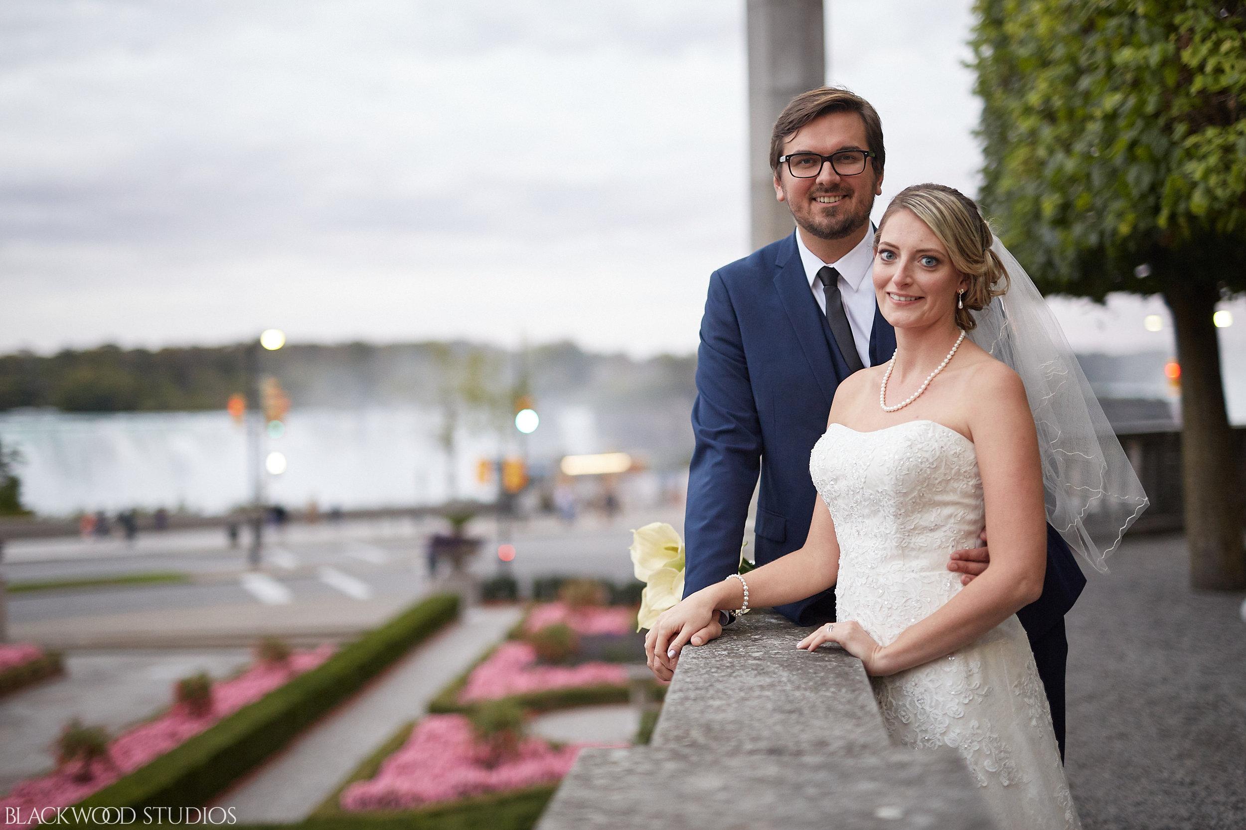 Blackwood-Studios-Wedding-Photography-20170928-190028-Marek-Katie-Michalek-Oakes-Garden-Theatre-Niagara-Falls-Ontario-Canada.jpg