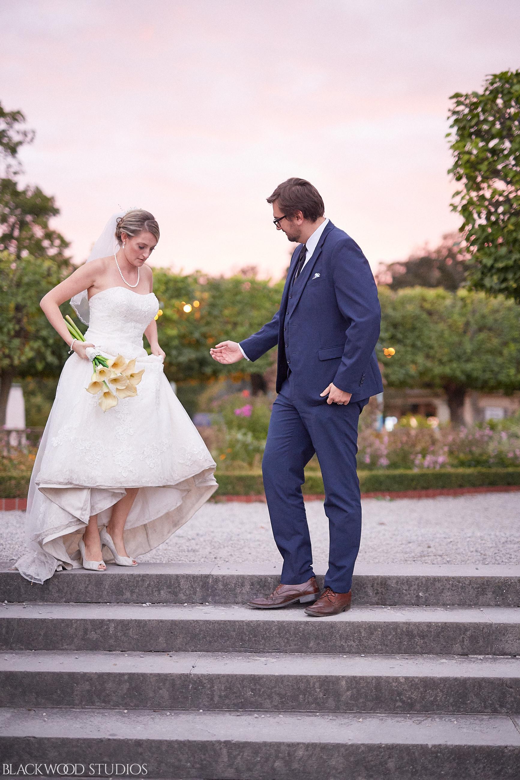 Blackwood-Studios-Wedding-Photography-20170928-190128-Marek-Katie-Michalek-Oakes-Garden-Theatre-Niagara-Falls-Ontario-Canada.jpg