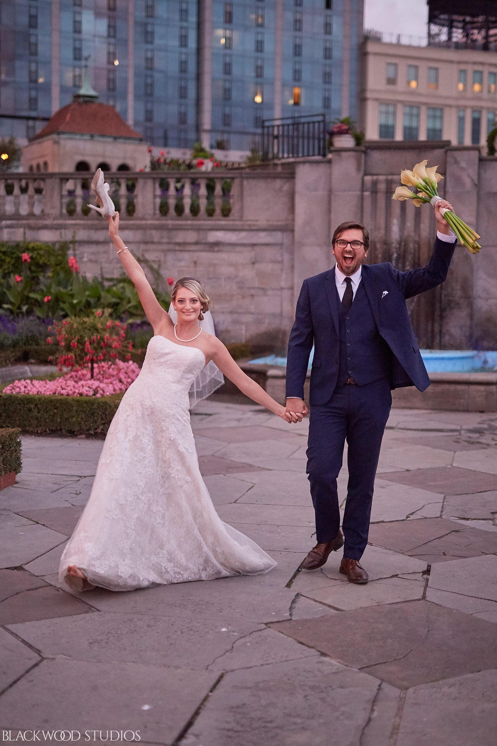 Blackwood-Studios-Wedding-Photography-20170928-190519-Marek-Katie-Michalek-Oakes-Garden-Theatre-Niagara-Falls-Ontario-Canada.jpg