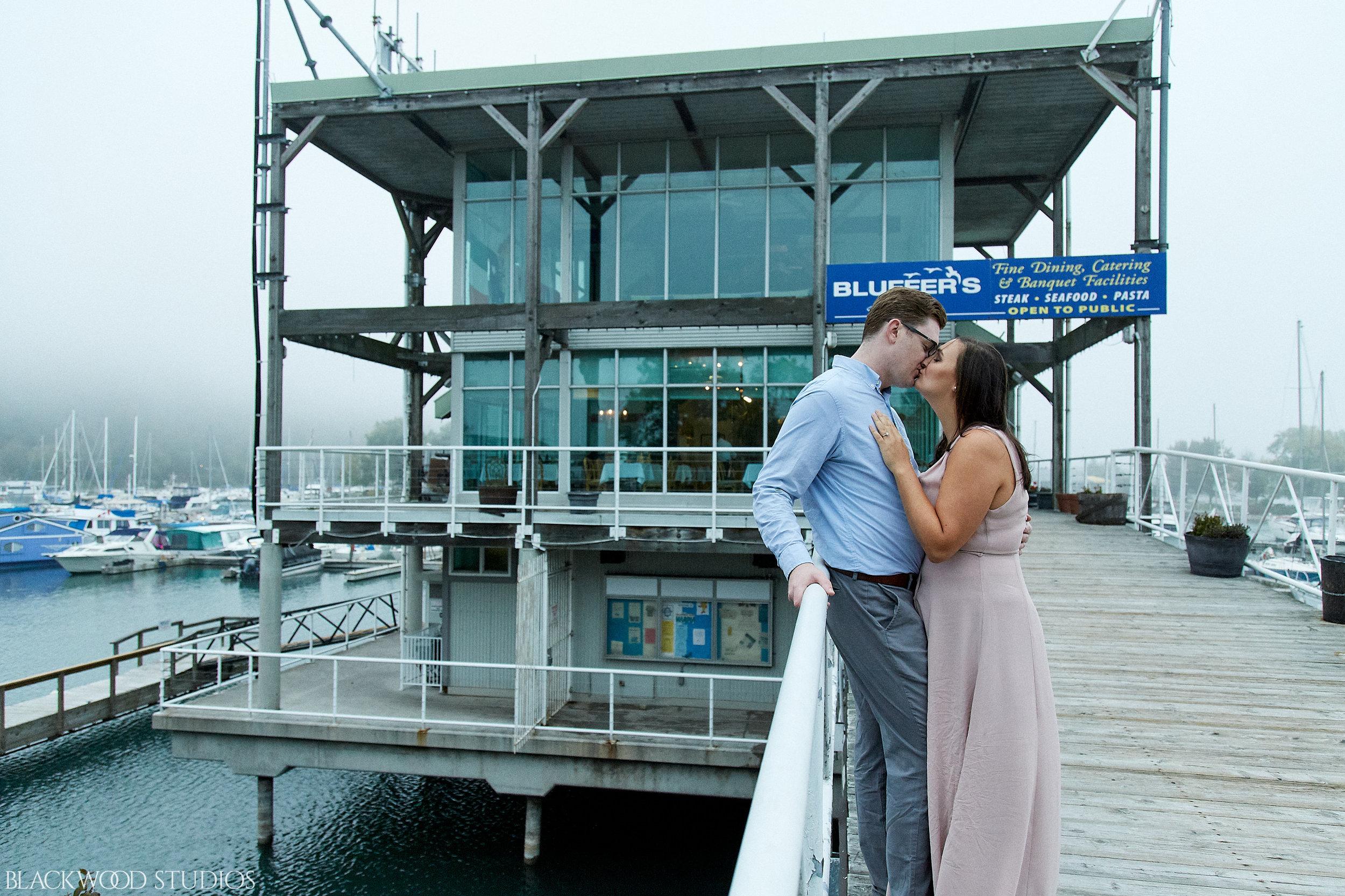 Blackwood-Studios-20181008-18-31-15-Justin-and-Samantha-Engagement-Photography-foggy-Scaraborough-Bluffs-Park-Ontario.jpg