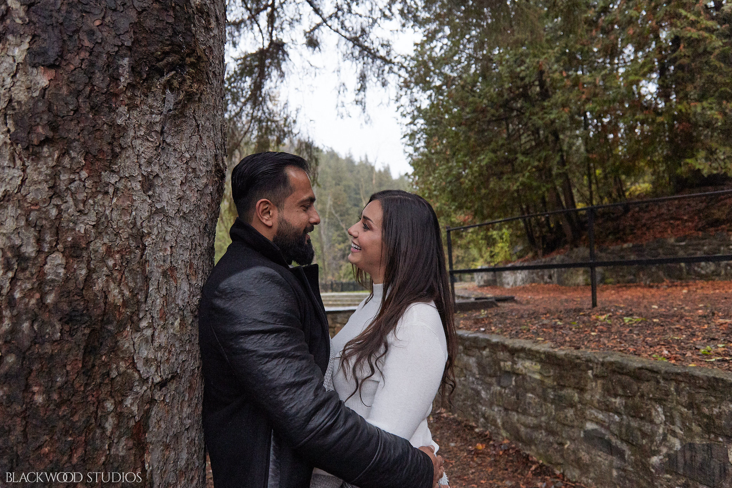 Blackwood-Studios-20181028174830-Farah-and-Zain-Engagement-photography-Belfountain-Conservation-Area-Caledon-Ontario.jpg