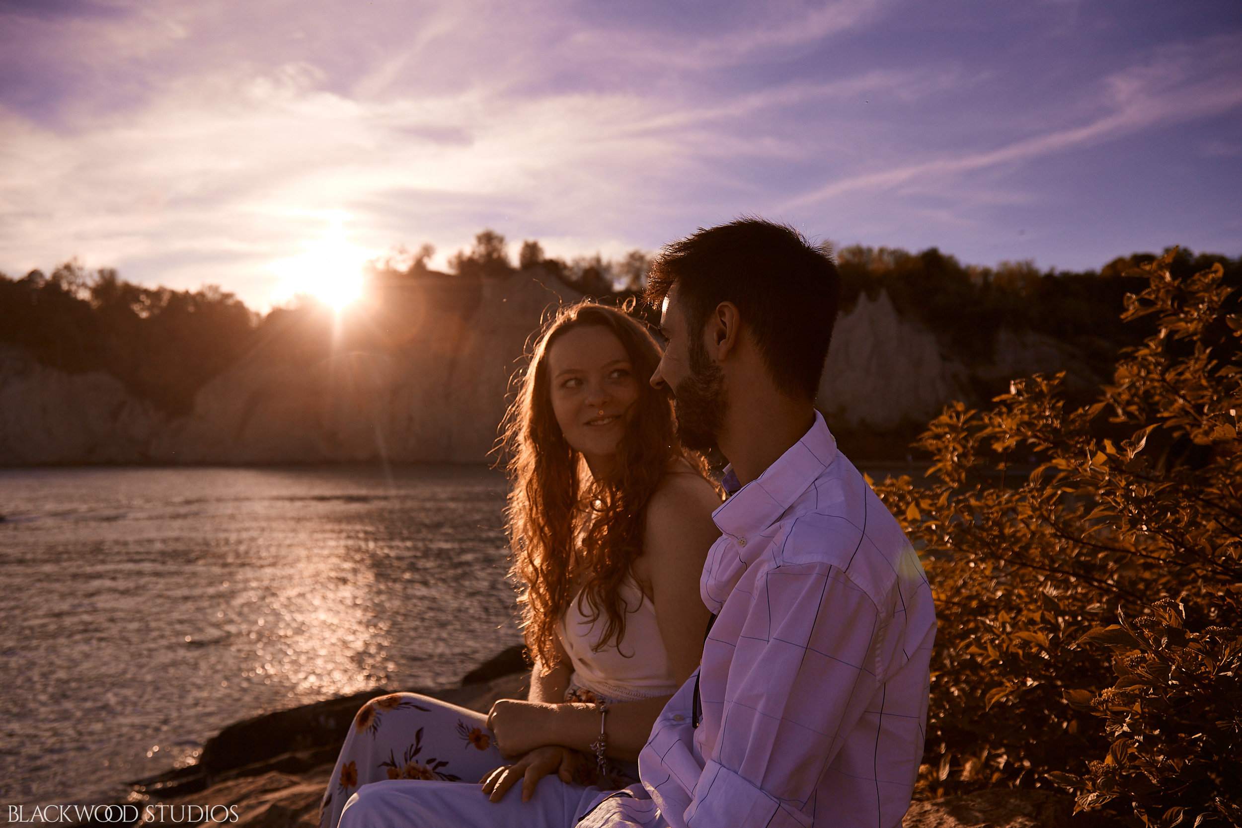 Blackwood-Studios-Photography-20190608194347-Brianna-Bryan-Engagement-Scarbourgh-Bluffs-Park-Ontario-Canada.jpg