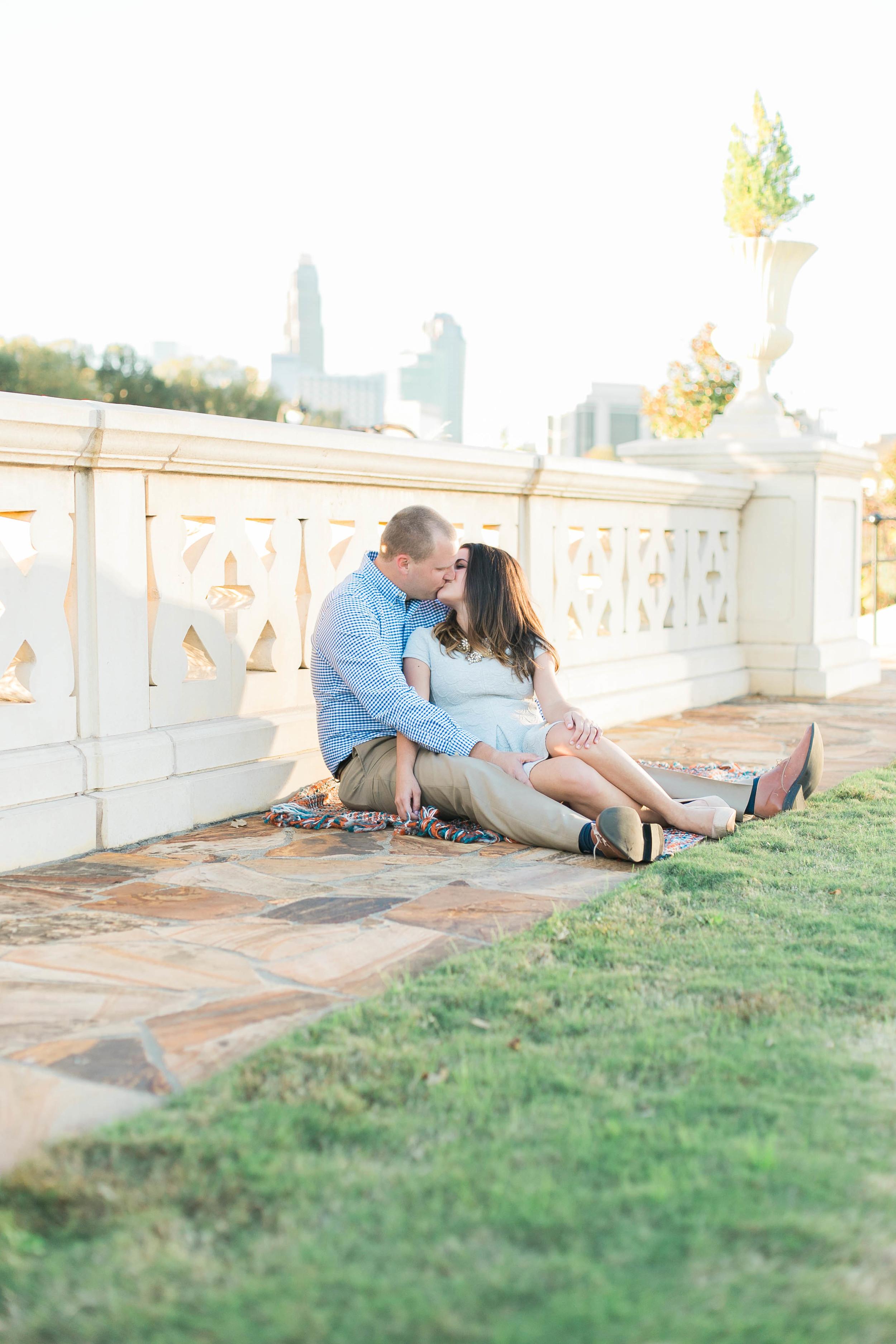 downtowncharlotte-northcarolina-engagementsession