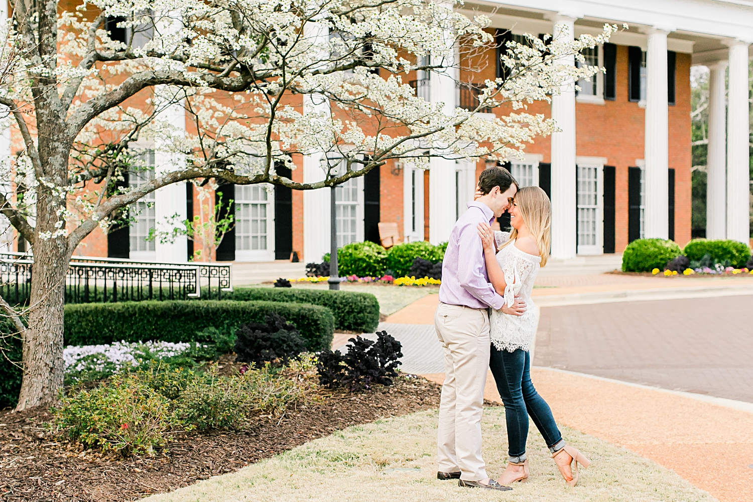 governors-mansion-engagement-session-jb-marie-photography