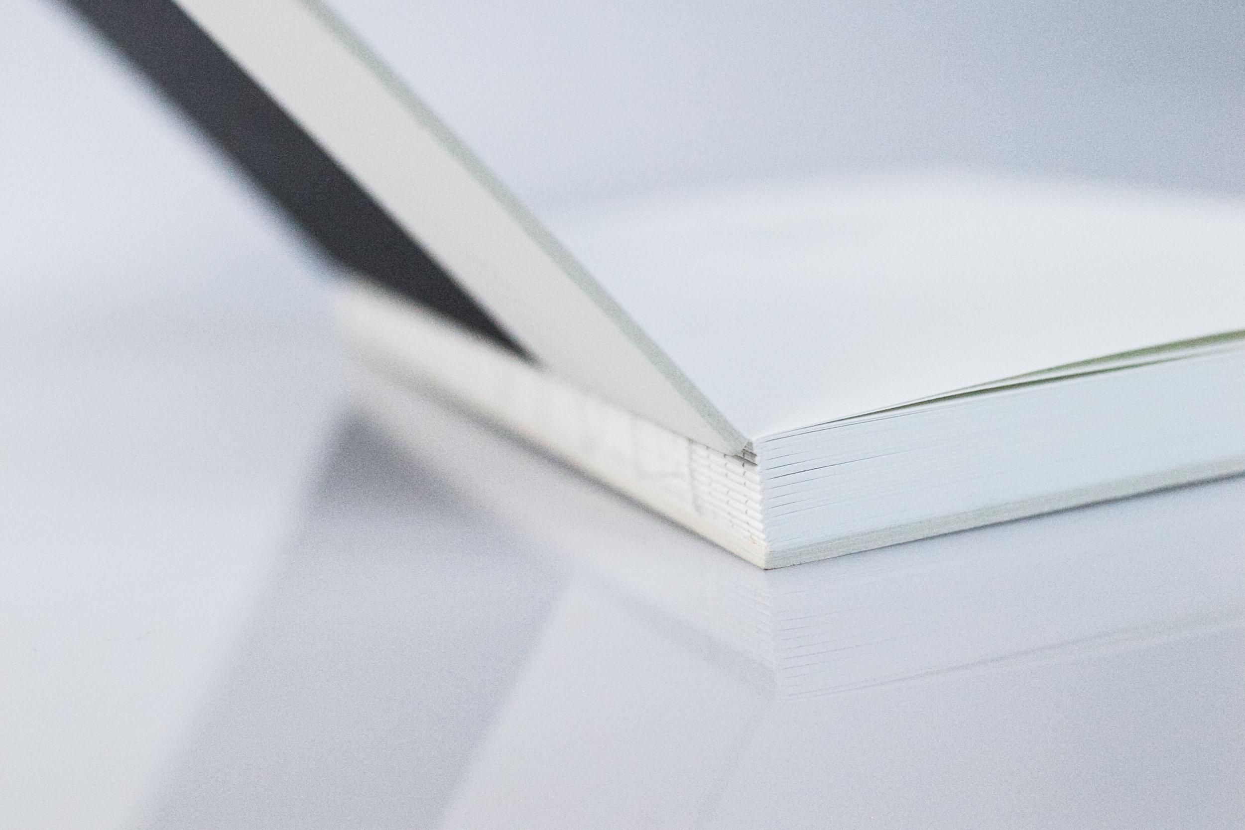 Spineless binding detail