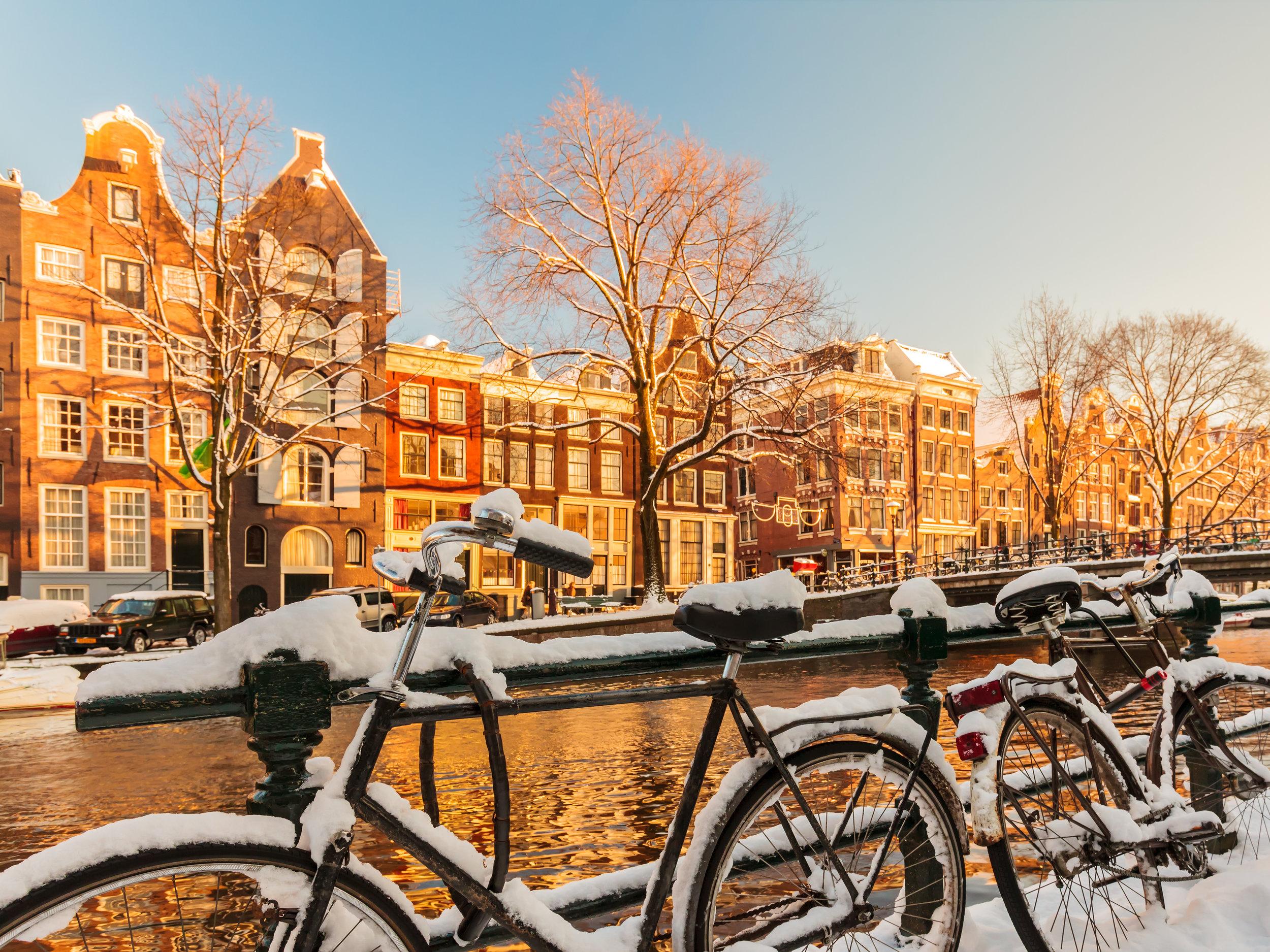 Amsterdam bikes snow.jpeg
