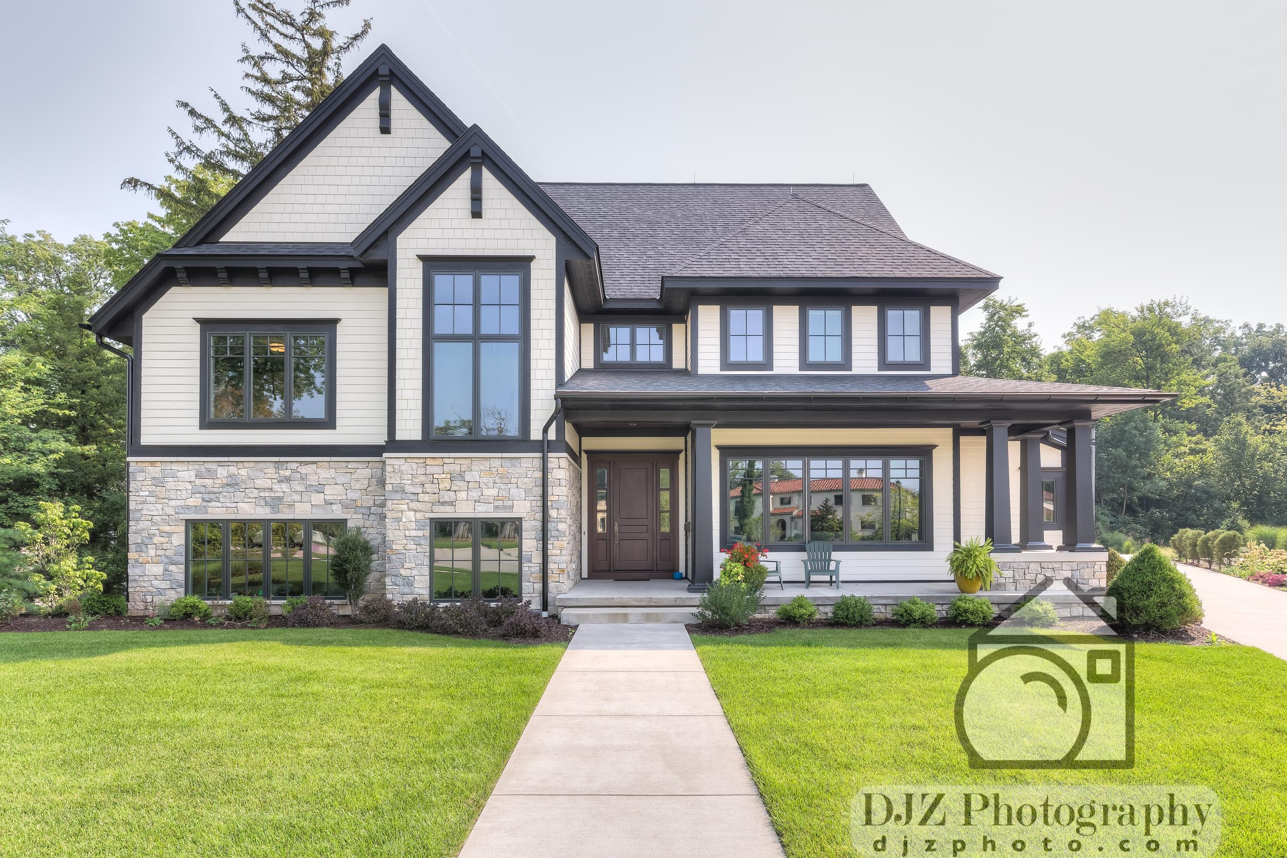 Daytime Exterior 1 - Real Estate Photography