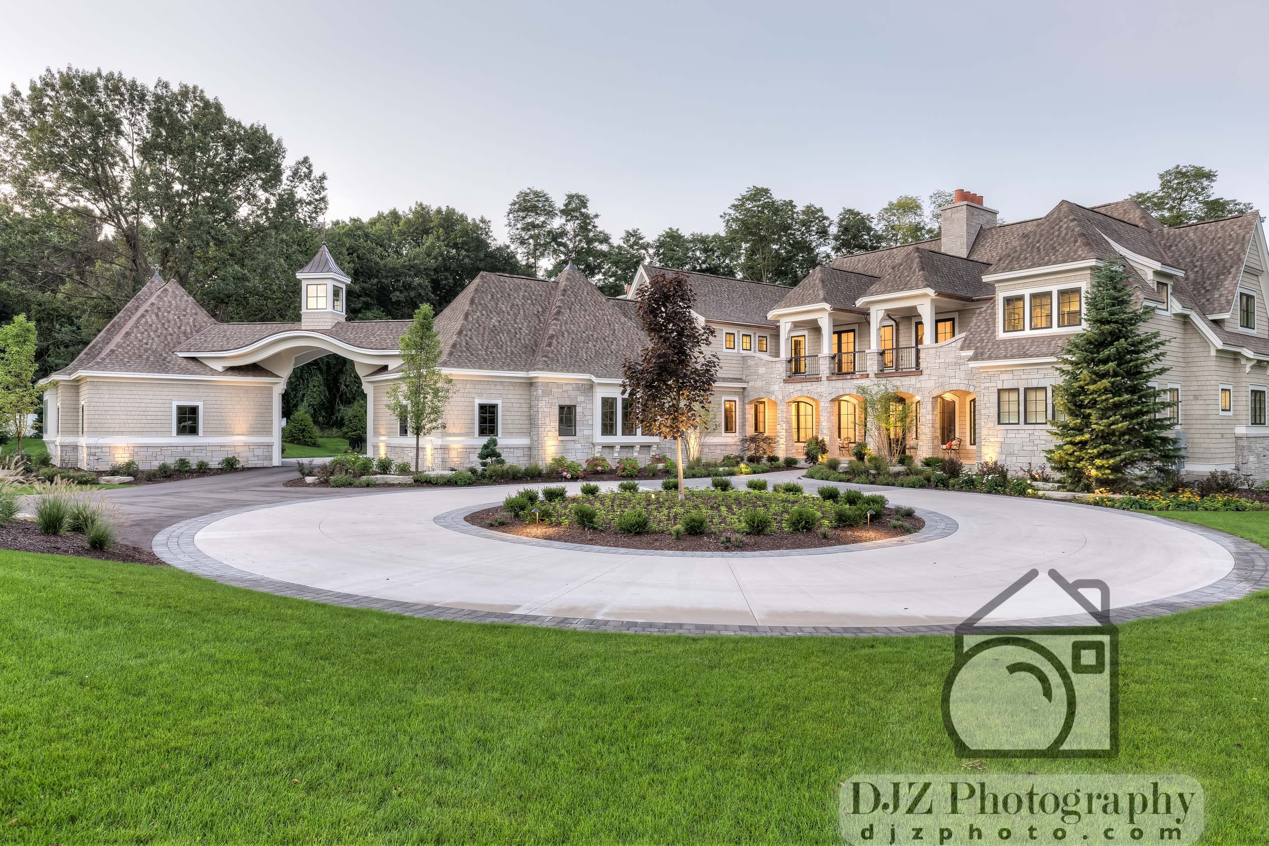 Twilight Exterior 4 - Real Estate Photography