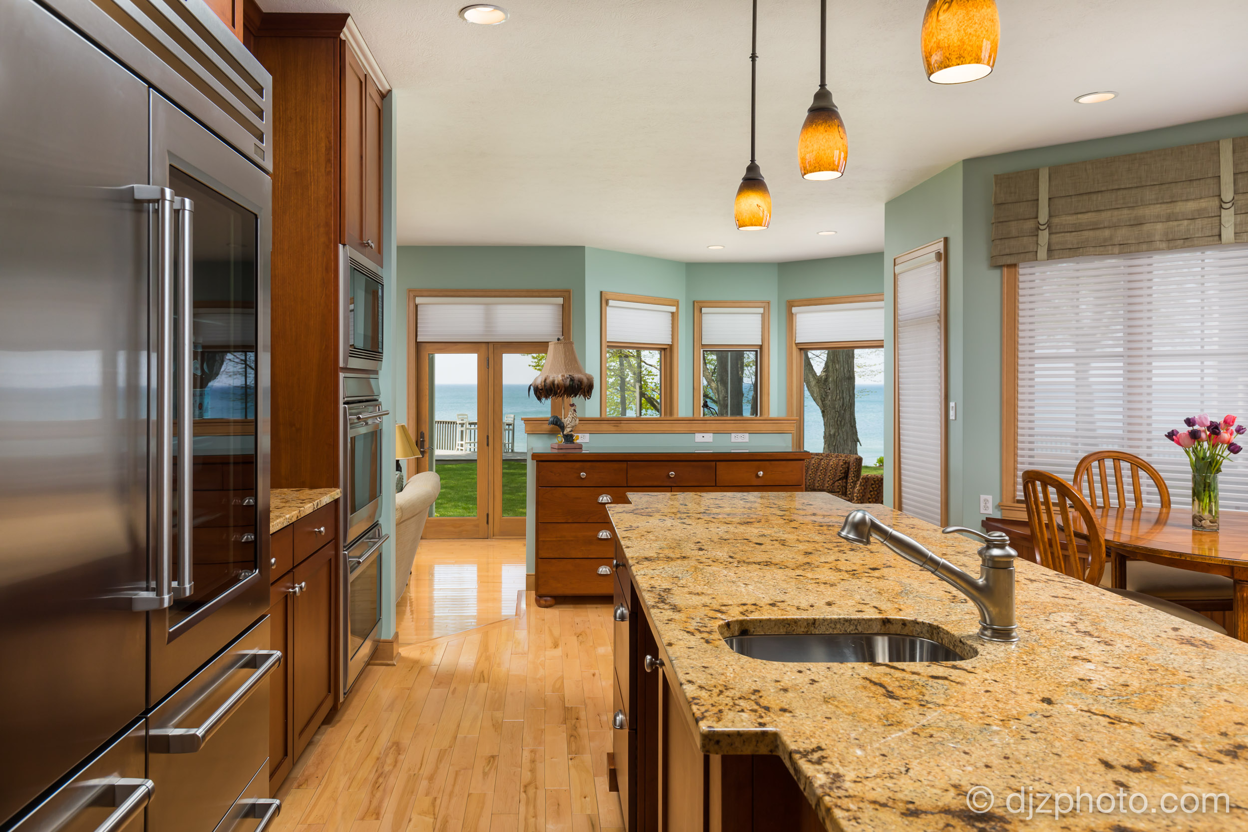 Kitchen on Lake Michigan