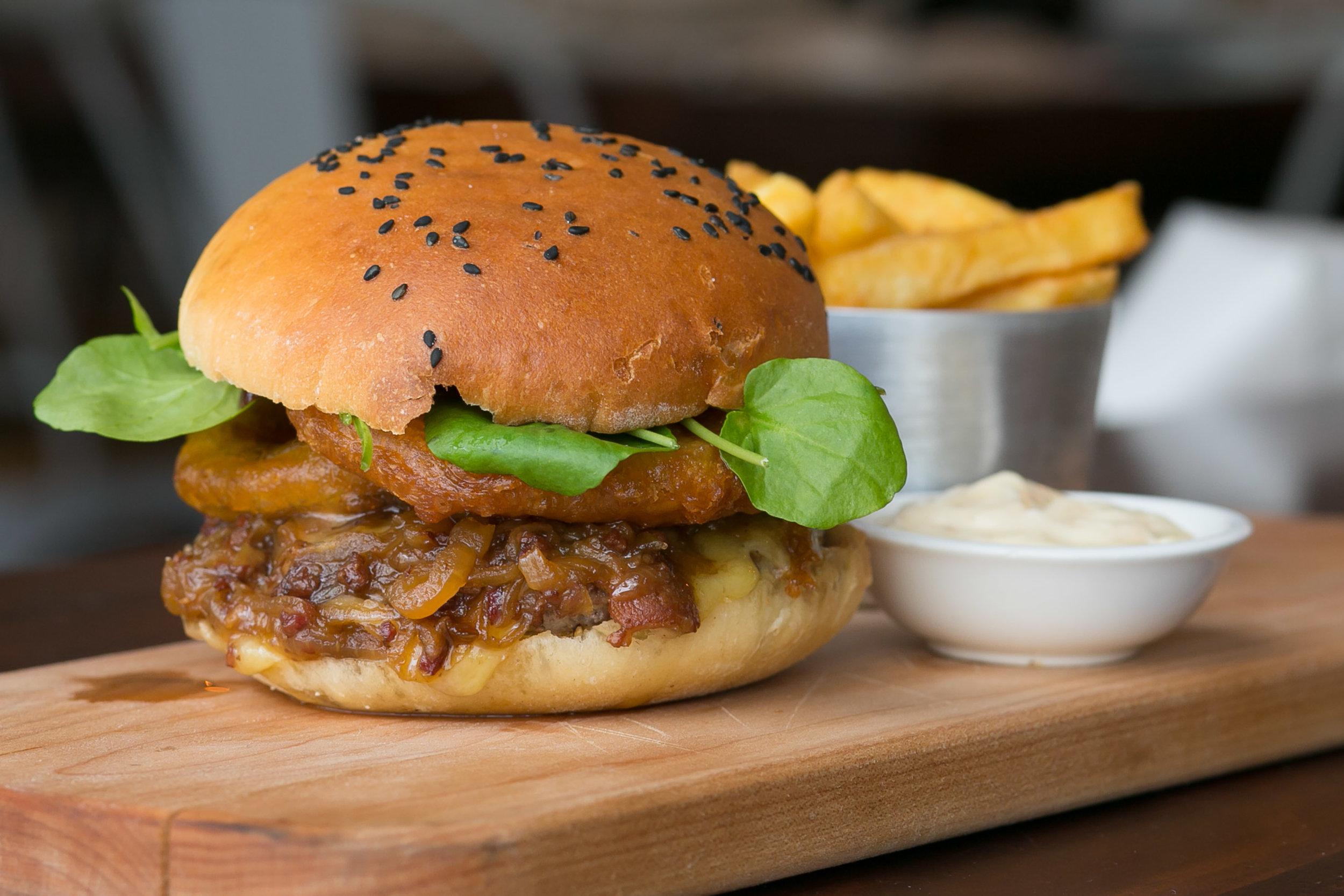 burger food commercial photographer wairarapa.jpg