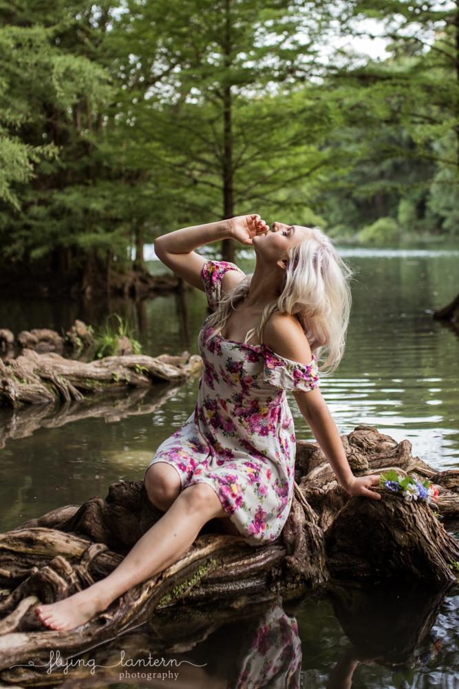water_girl_portrait_0518_8.jpg