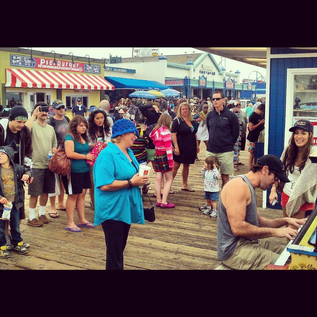 Impromtu Show on Santa Monica Pier