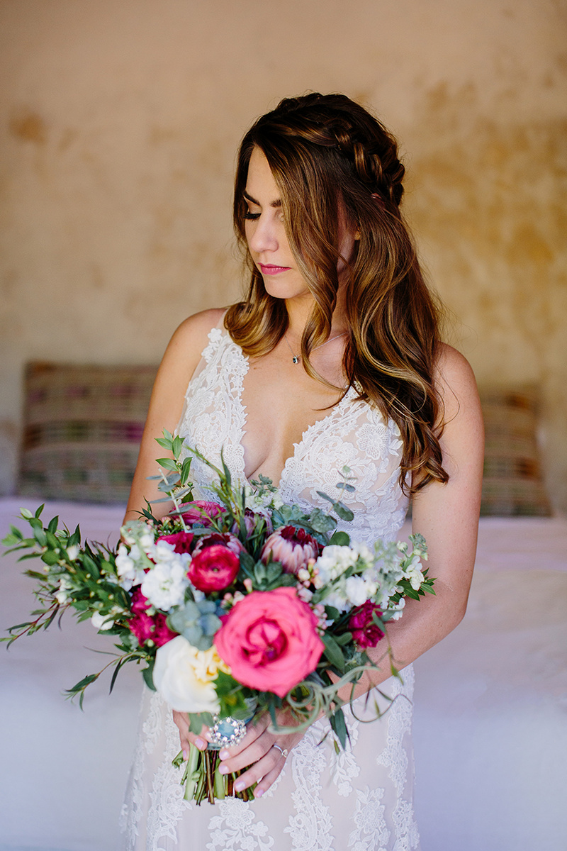 Photo Credit:  Taryn Baxter Photography   Planning:  The Dazzling Details