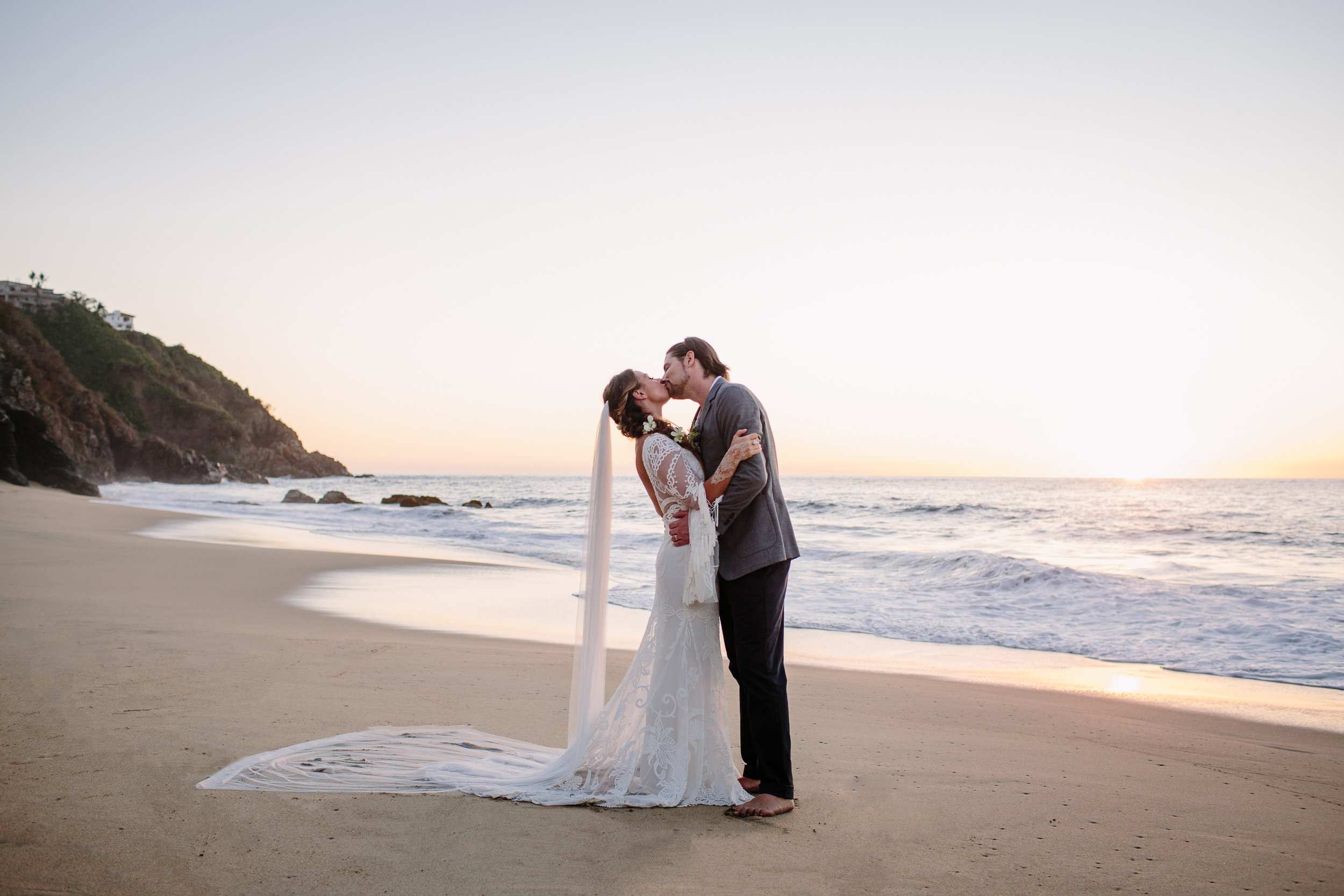 Taryn Baxter Photographer_Breezy+Aaron_Wedding-627.jpg