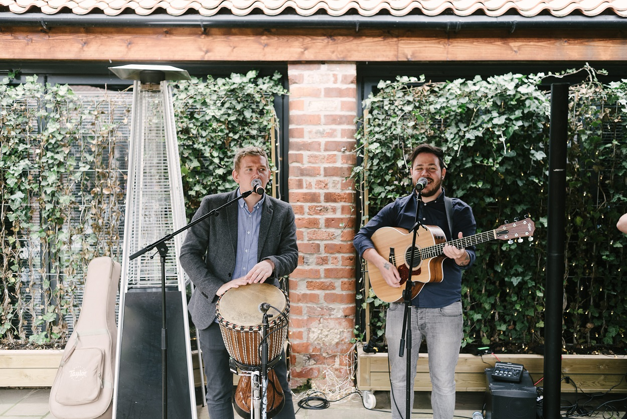 Live music in The Normans courtyard Photo by www.mjhstudio.co.uk