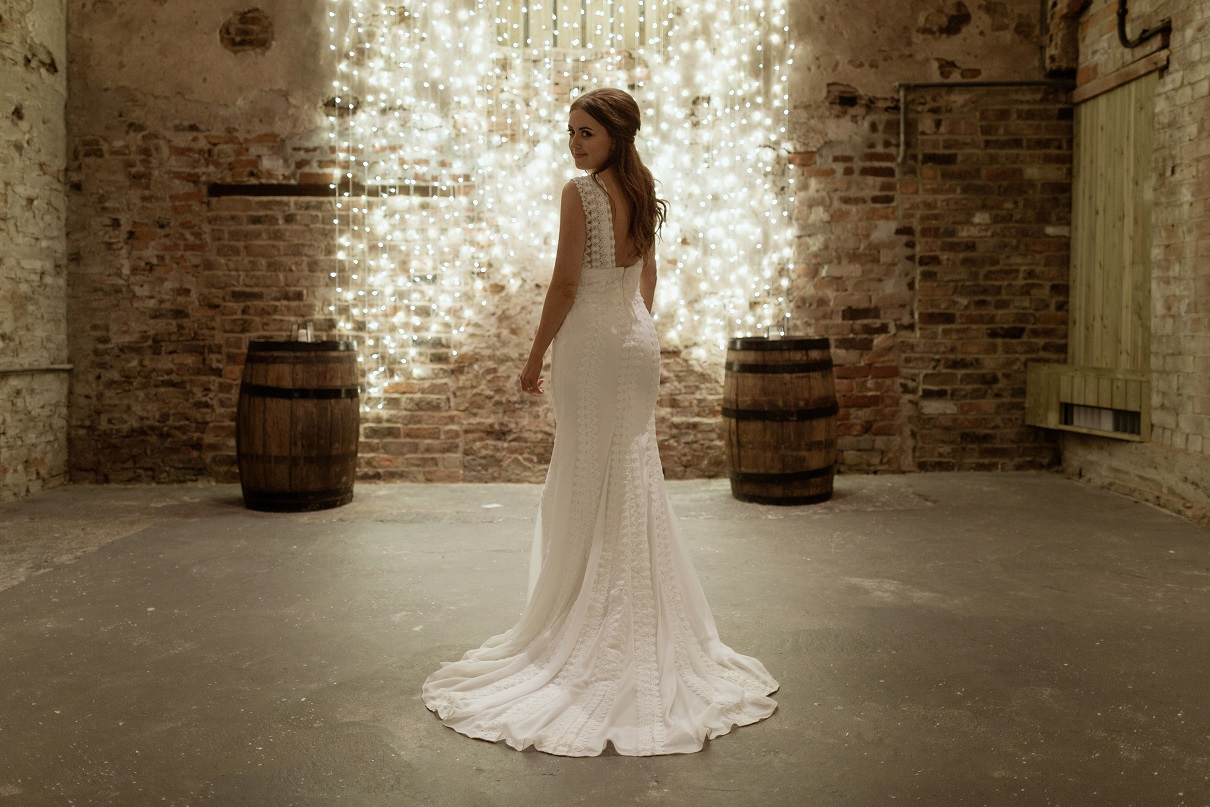 December bride at The Normans Photo by Luke Bell Photography