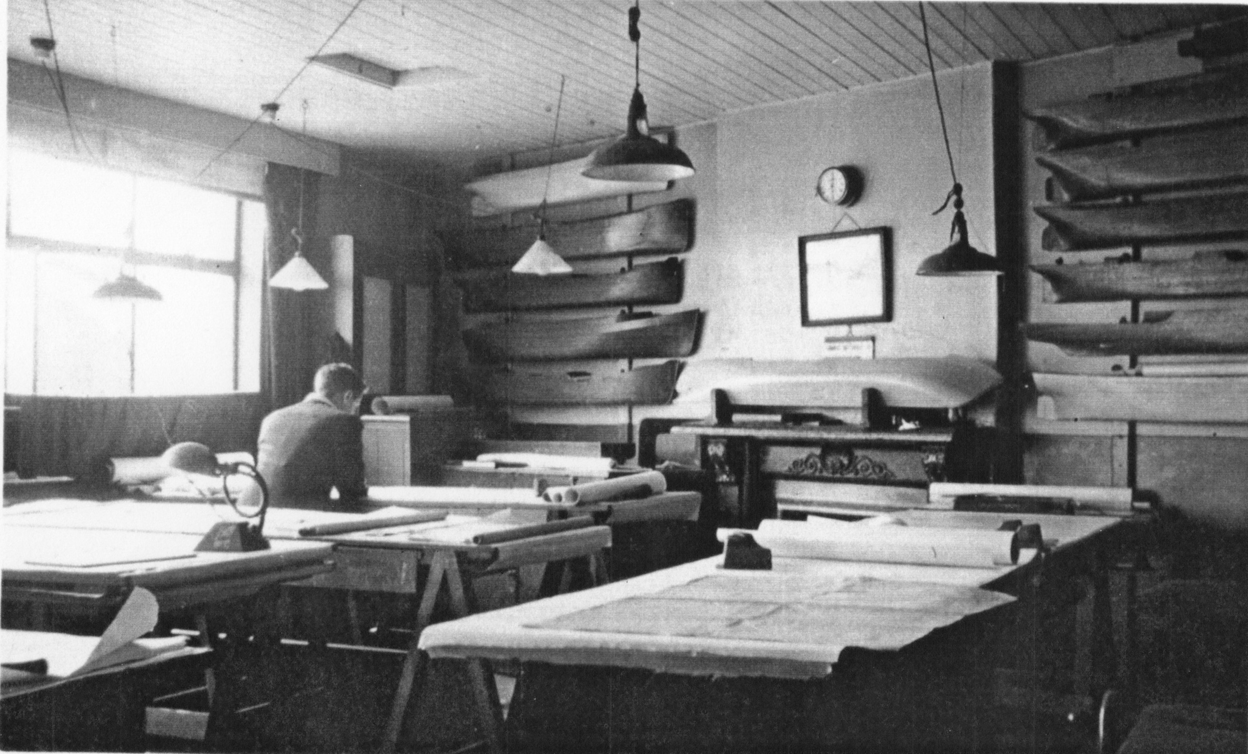 The drawing office at John Crown & Sons during WW11. Photograph with kind permission of Mr H. Oxman.