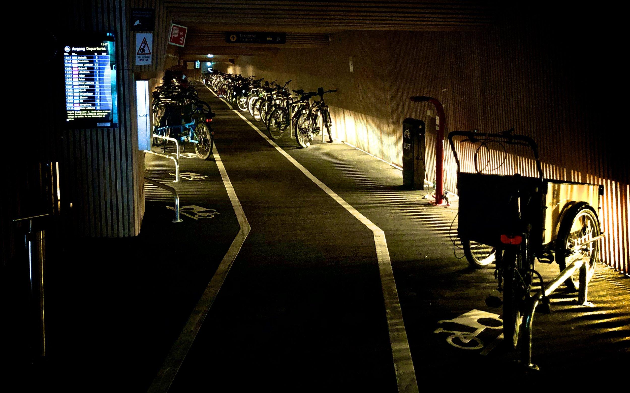 100.000 kroner per måned i husleie betaler byrådets for sitt sykkelhotell på Oslo S.
