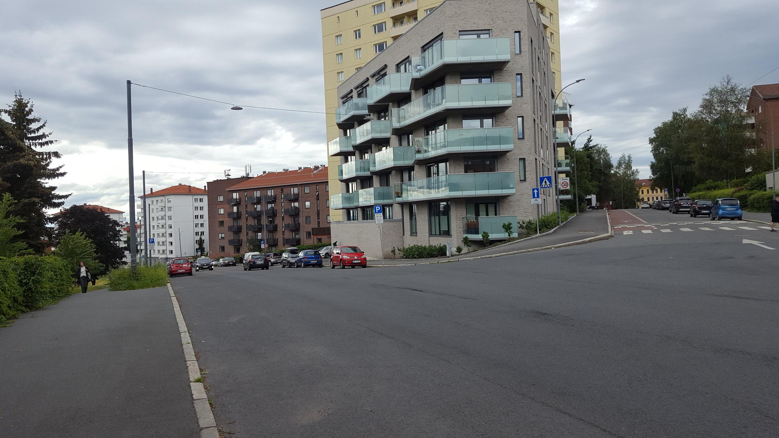 FOTO 5 Brochmannsgate til høyre.jpg