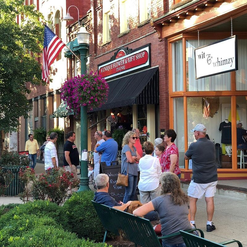 June: Downtown Art Walk - Our summer First Friday series features art walks June, July, and August. Enjoy shops open late in the summer sunshine and support local businesses, artists, musicians, and more!Sponsored by TBA.