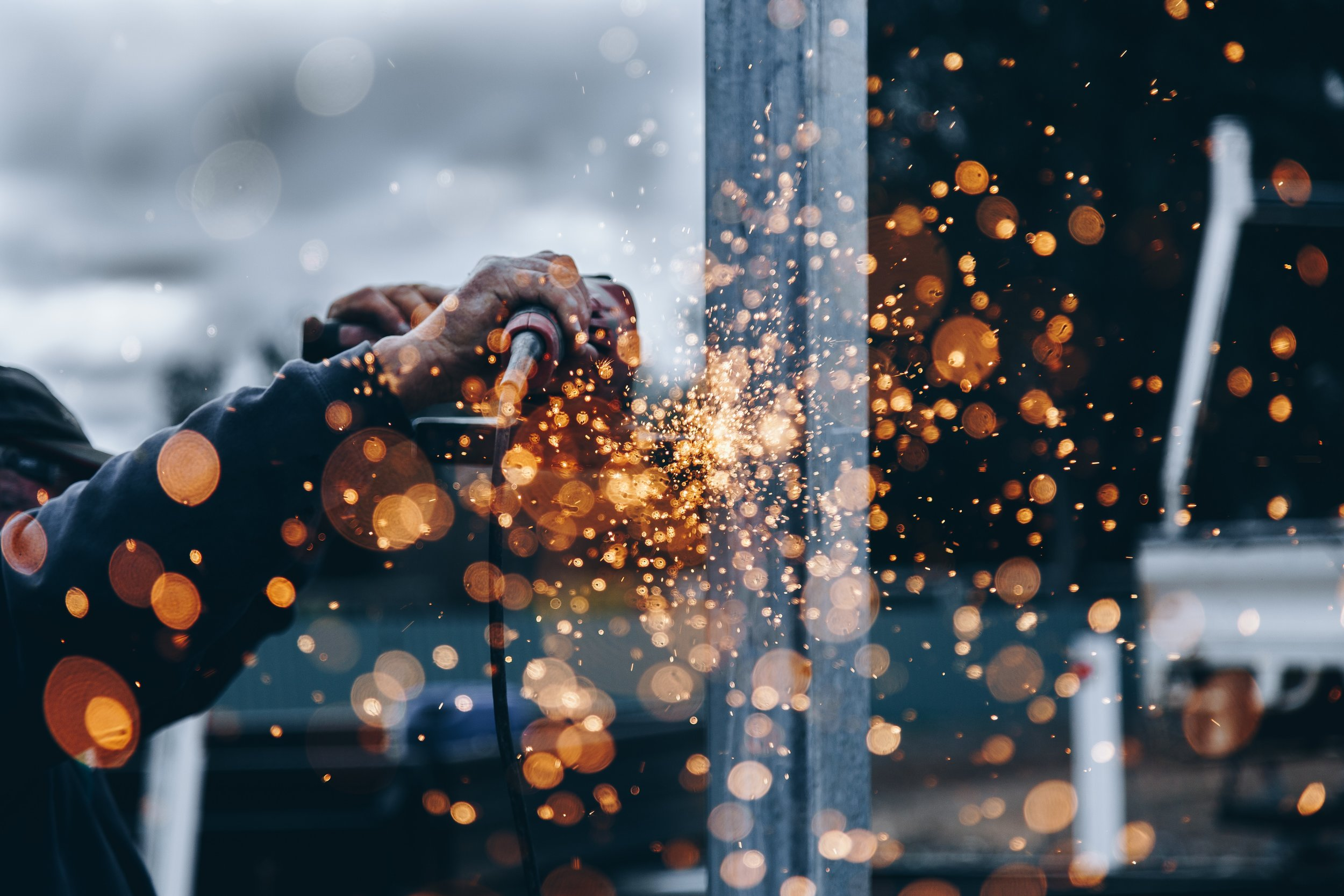 Future industrial worker Fortos.jpg