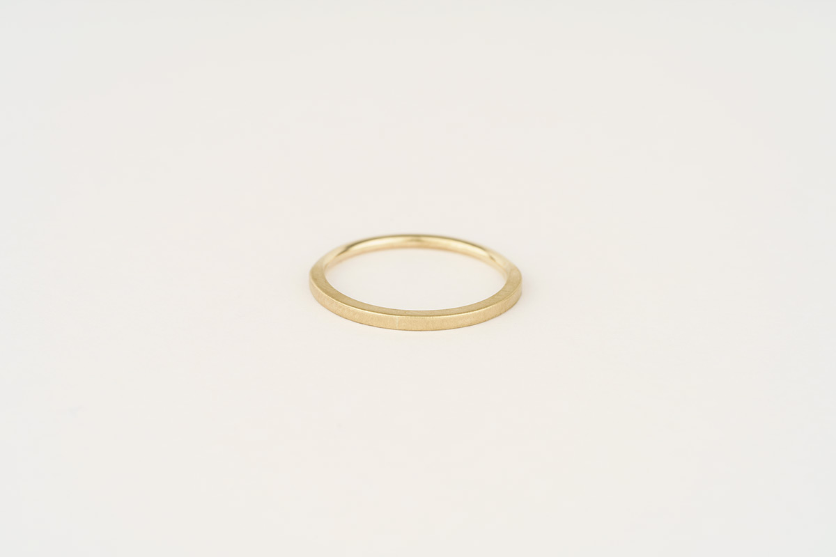 Slim 9ct yellow gold wedding band | half round / half square with contrasting finish
