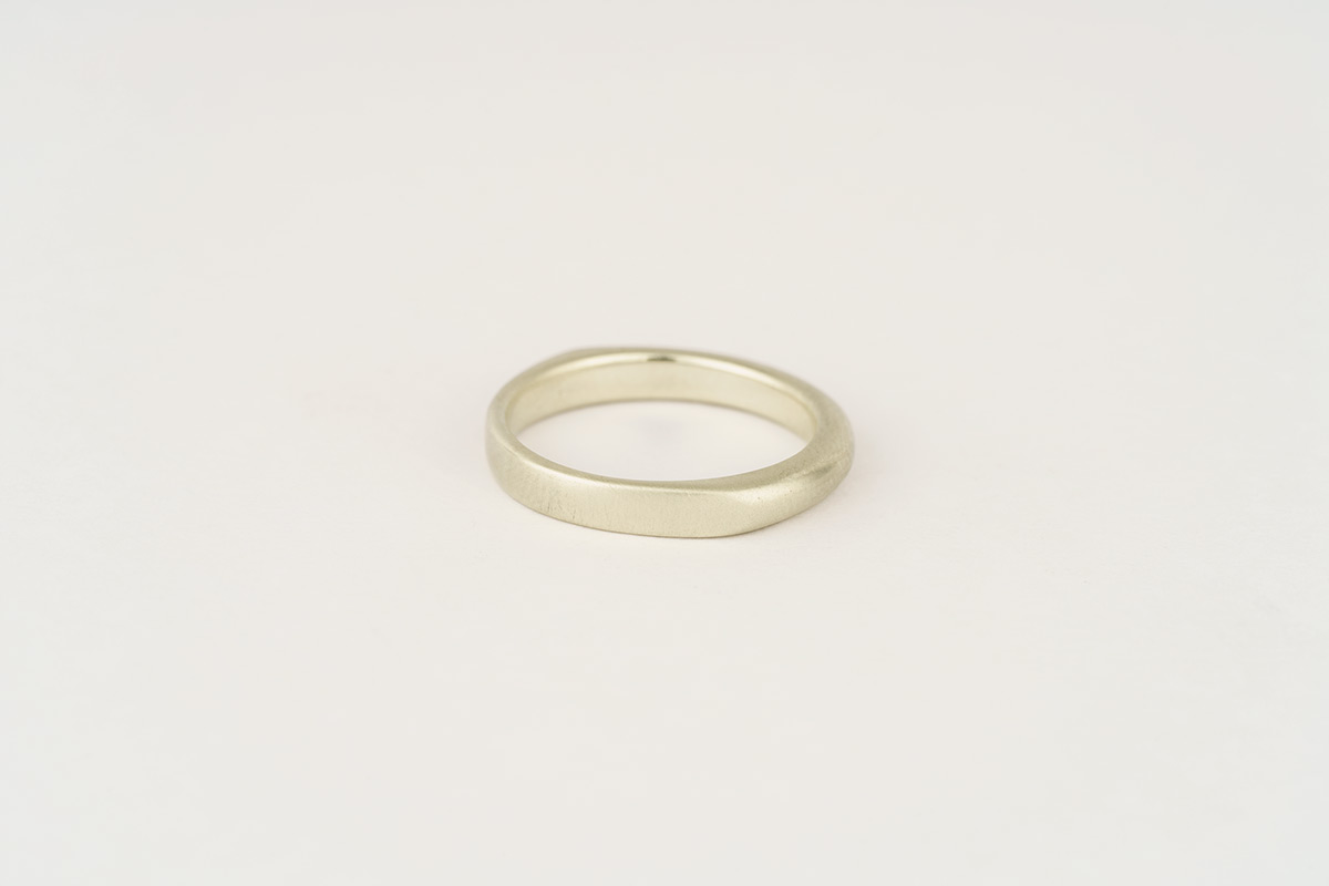 9ct white gold wedding band | half flat / half round with subtle faceted sides and a satin finish