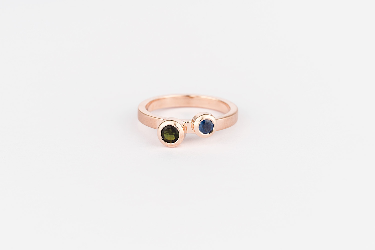 9ct rose gold / tourmaline and sapphire ring