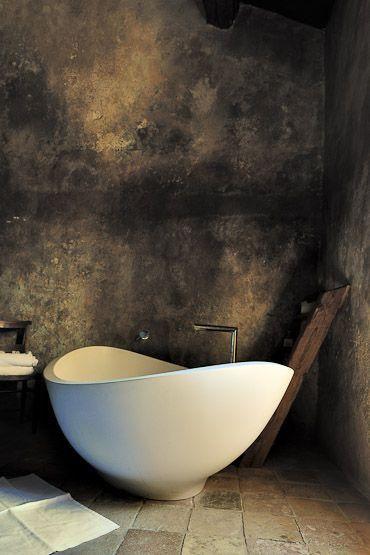 Italian style and countryside simplicity #bathroom #bathtub.jpg