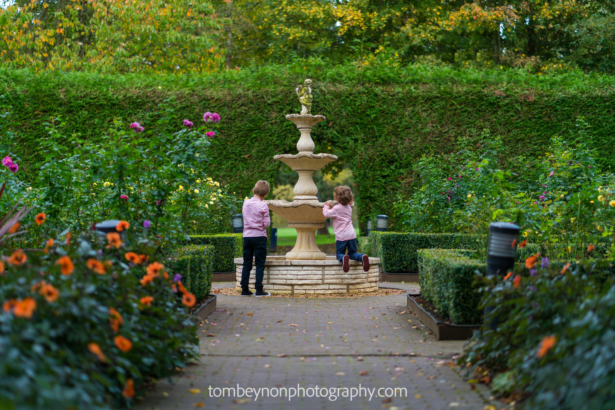Kids playing in the fountains of Rodbaston Hall
