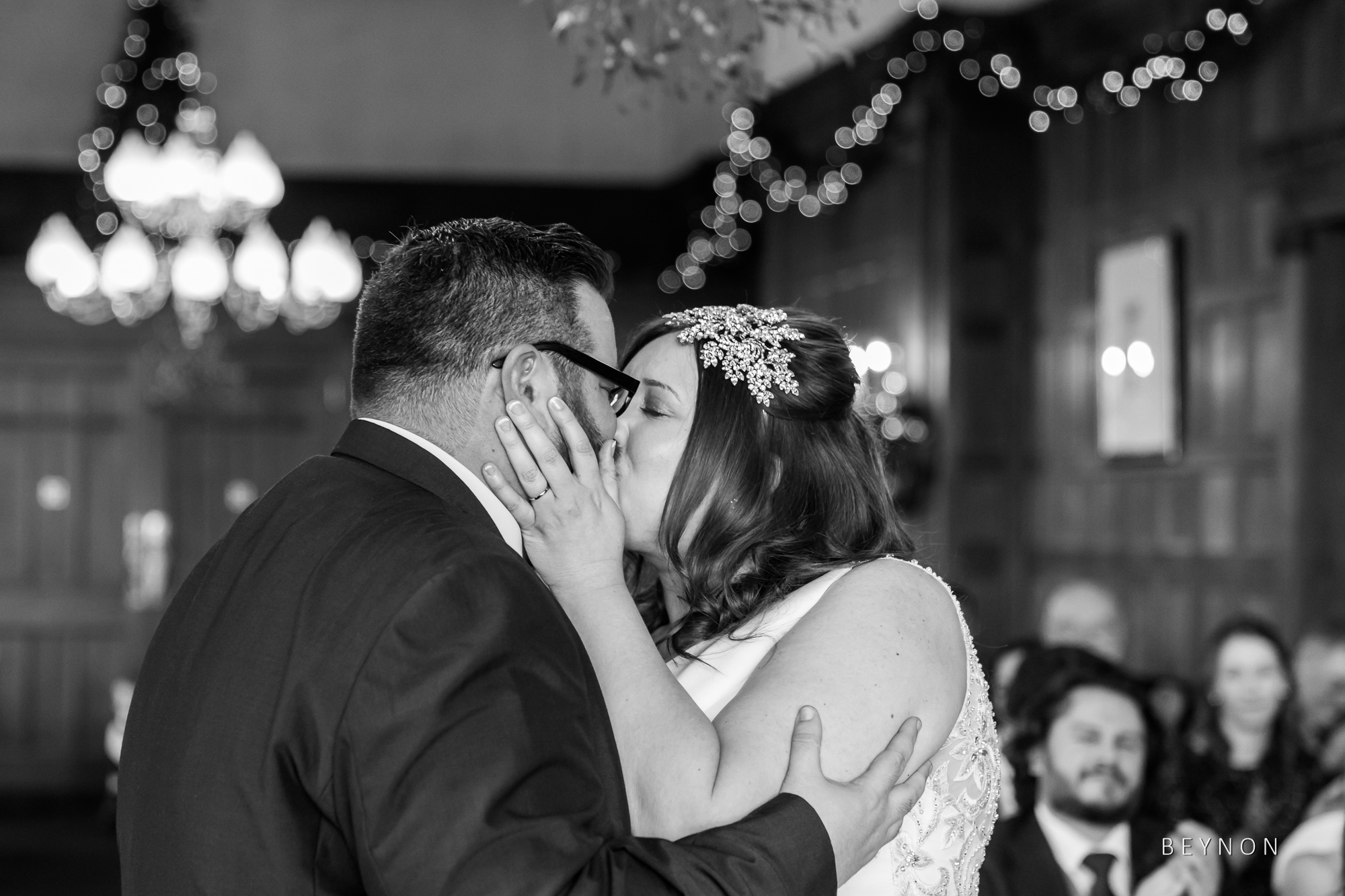 The newly weds have their first kiss