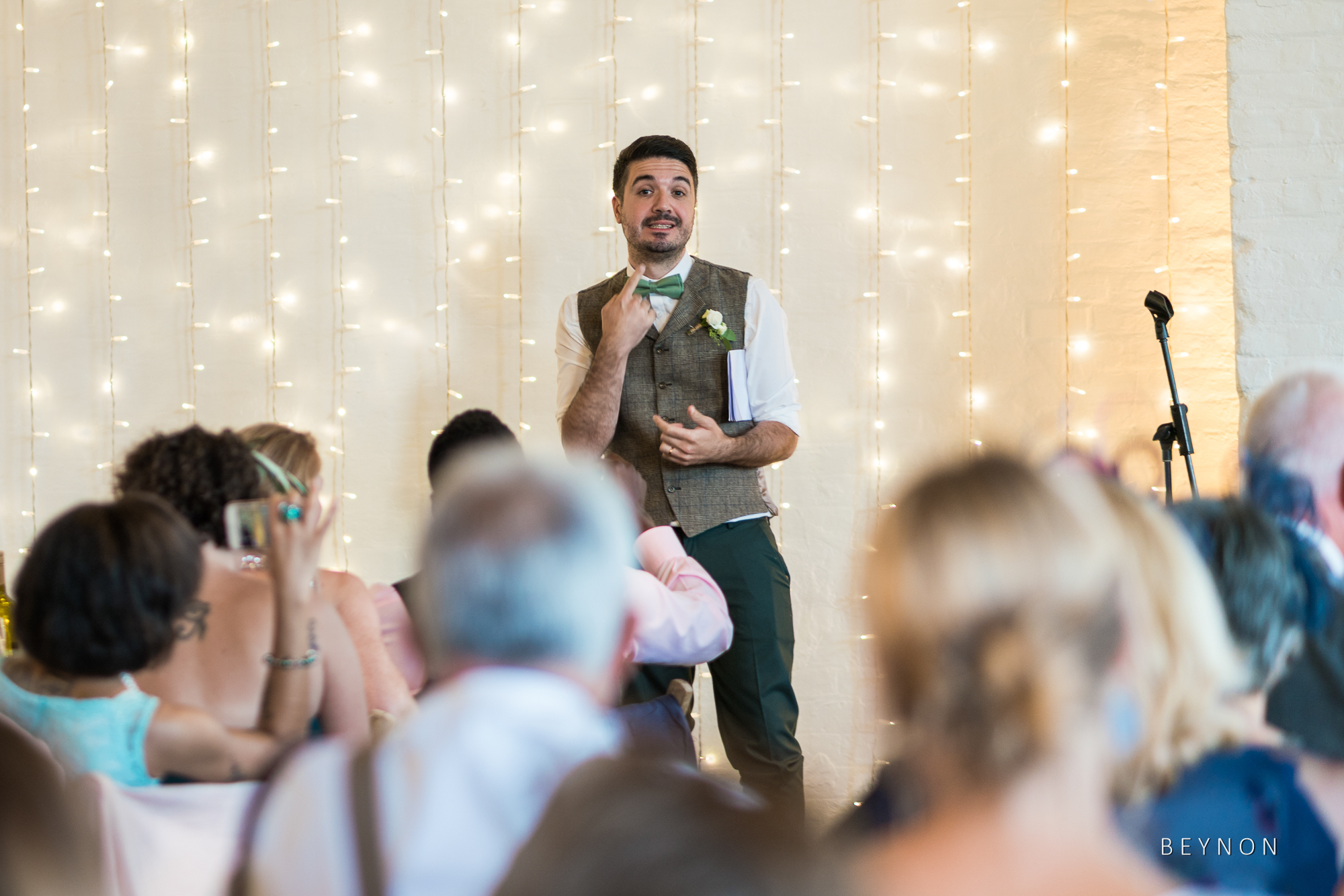 The groom gives his speech in sign language