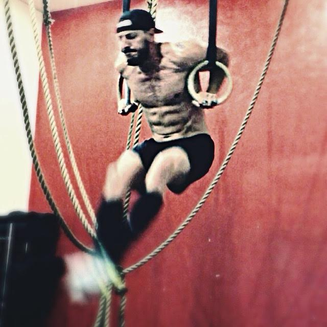 My first set of strung-together ring muscle-ups. CrossFit Team Series 2015 - CrossFit 7220
