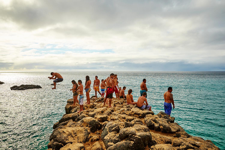 CLIFF JUMPING AT WAIMEA BAY BEACH PARK