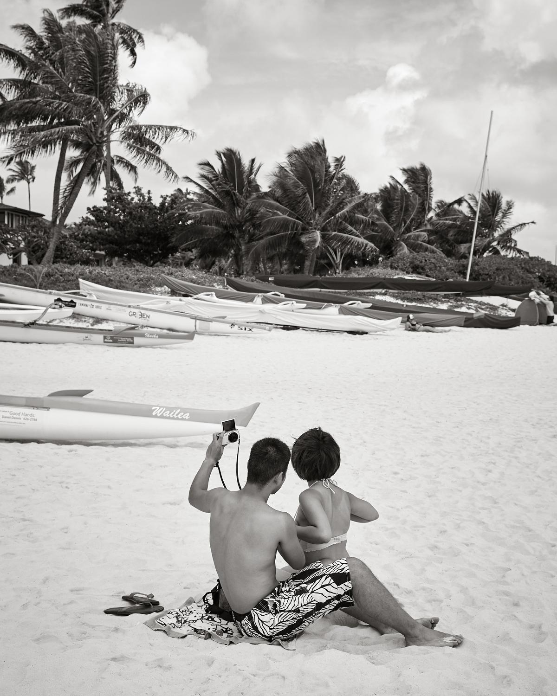 TAKING A SELFIE AT LANIKAI BEACH