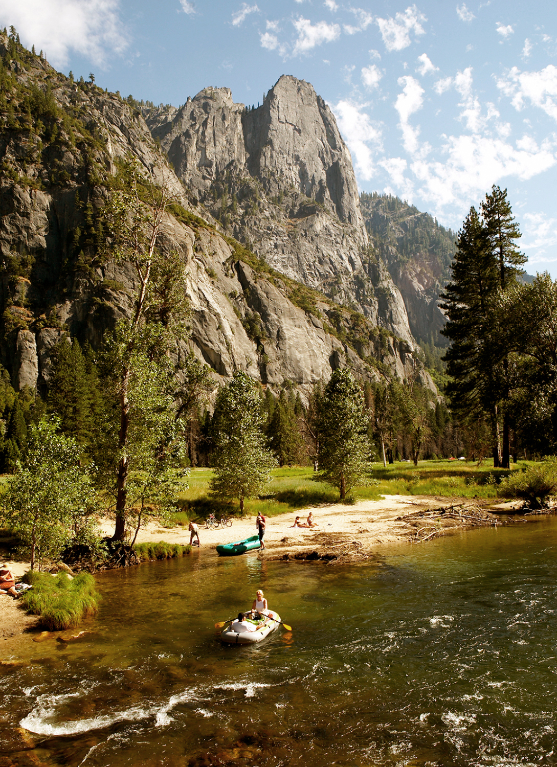 MERCED RIVER IN THE VALLEY