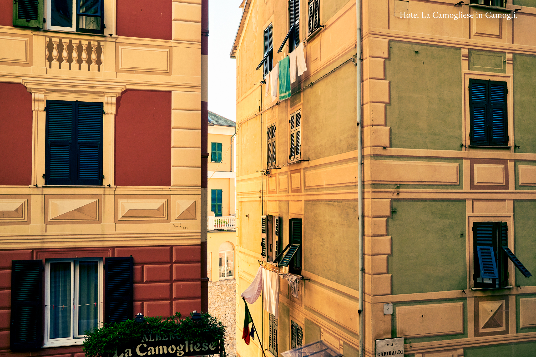 Camogli_ColinClark_Spread_Caption_33.jpg
