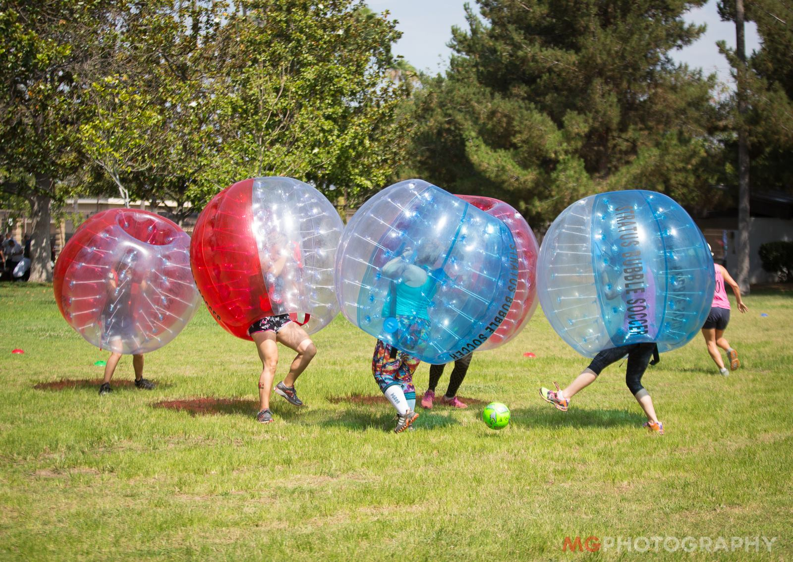 Bubble Soccer game falling down running into each other Beginners guide