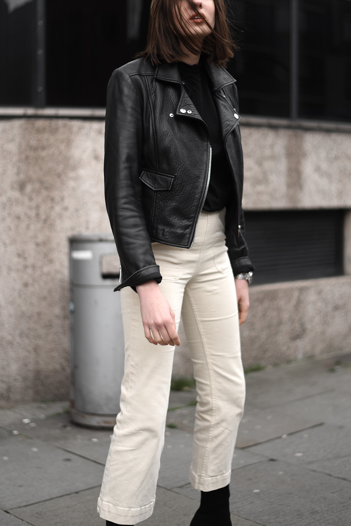 Minimal Transitional Outfits