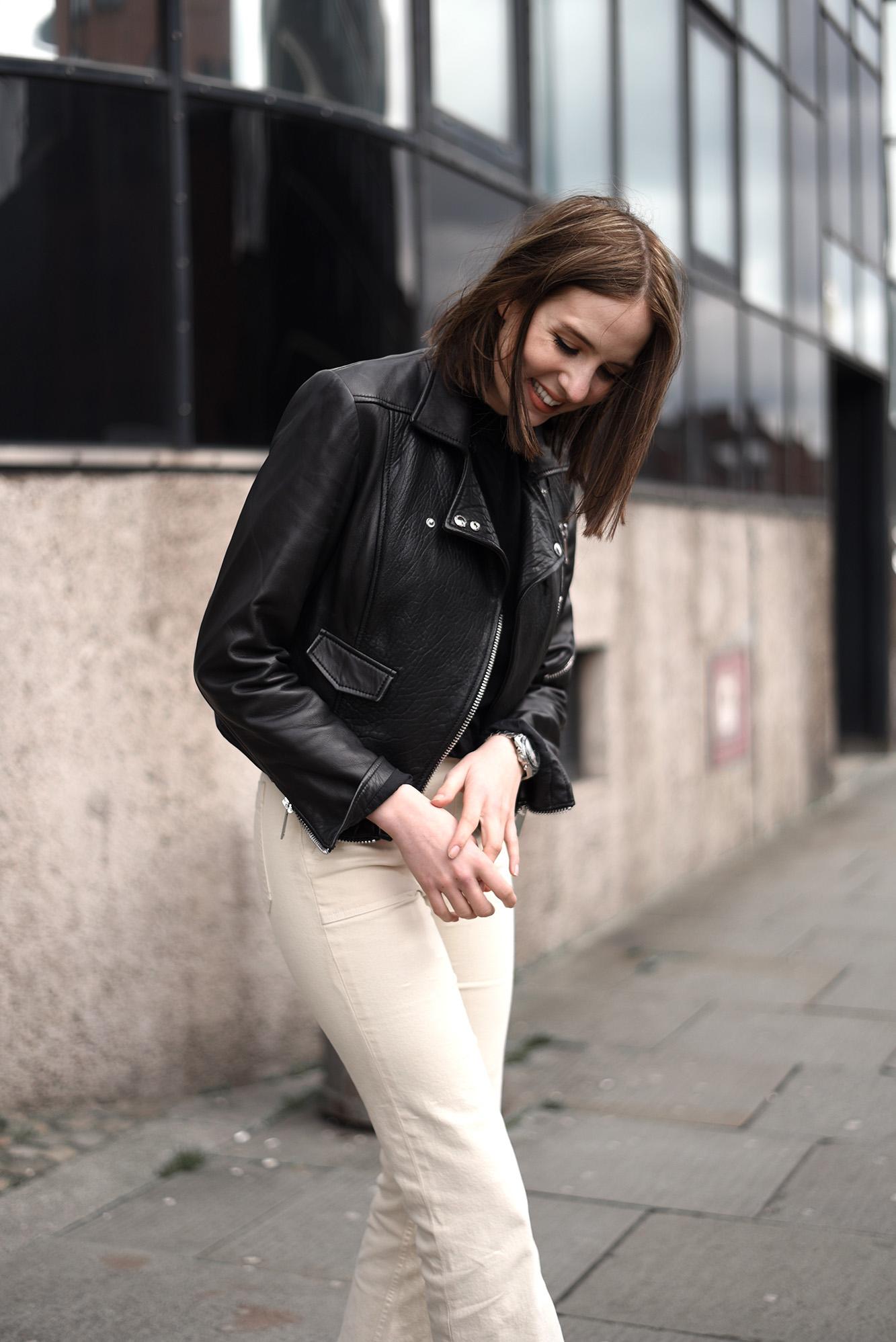 light trousers 20>>>.jpg