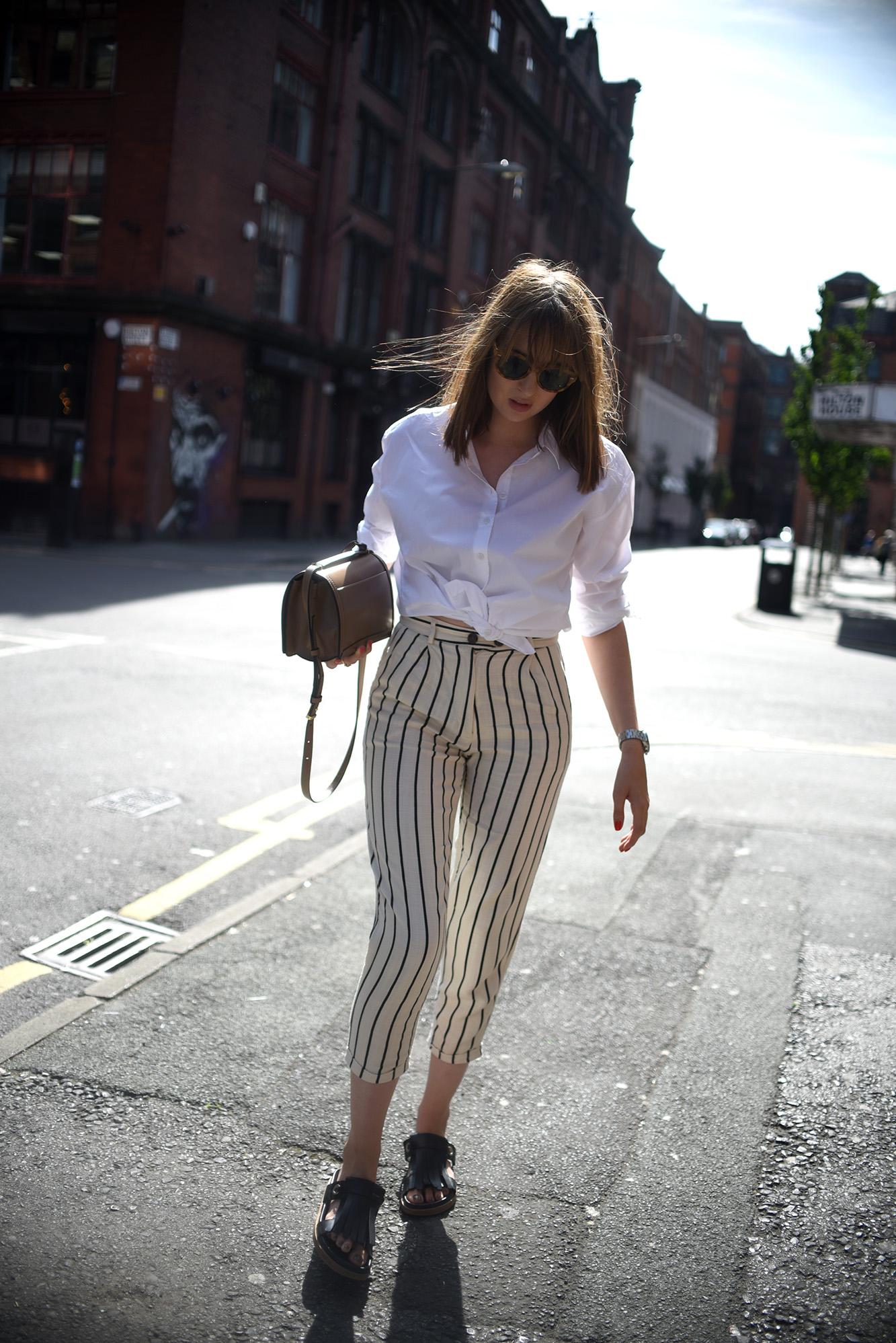 ShotFromTheStreet_StripedTrousers-16.jpg