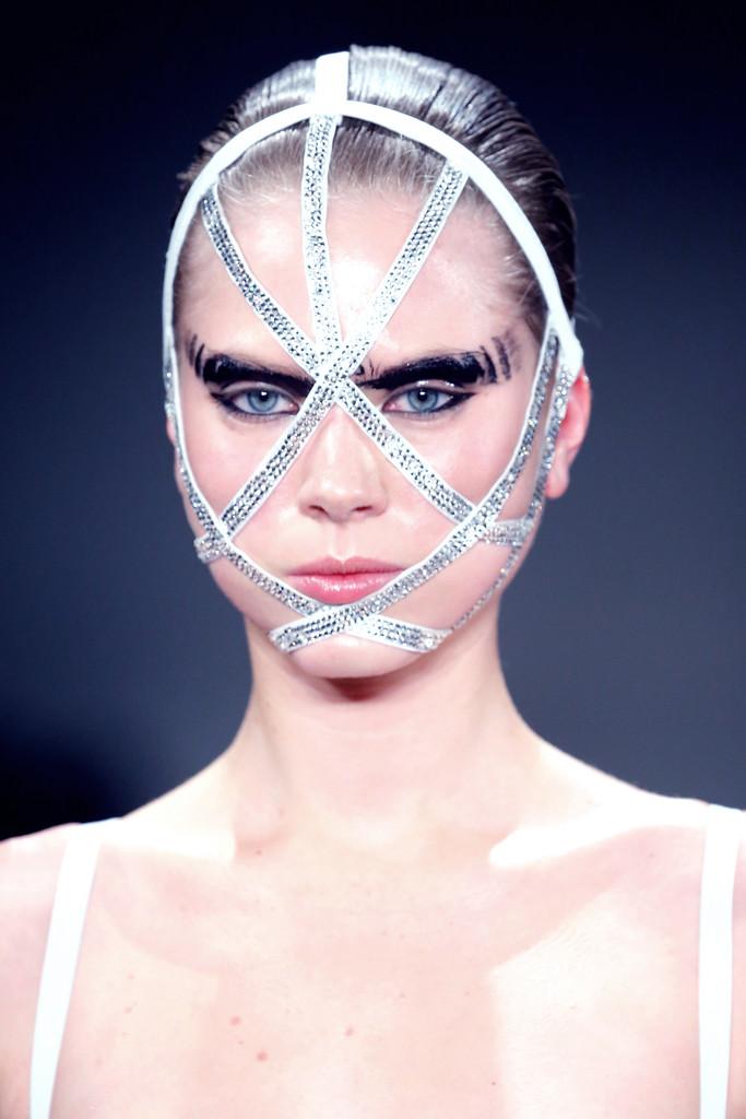 A-Morir Chromat Mask.jpg