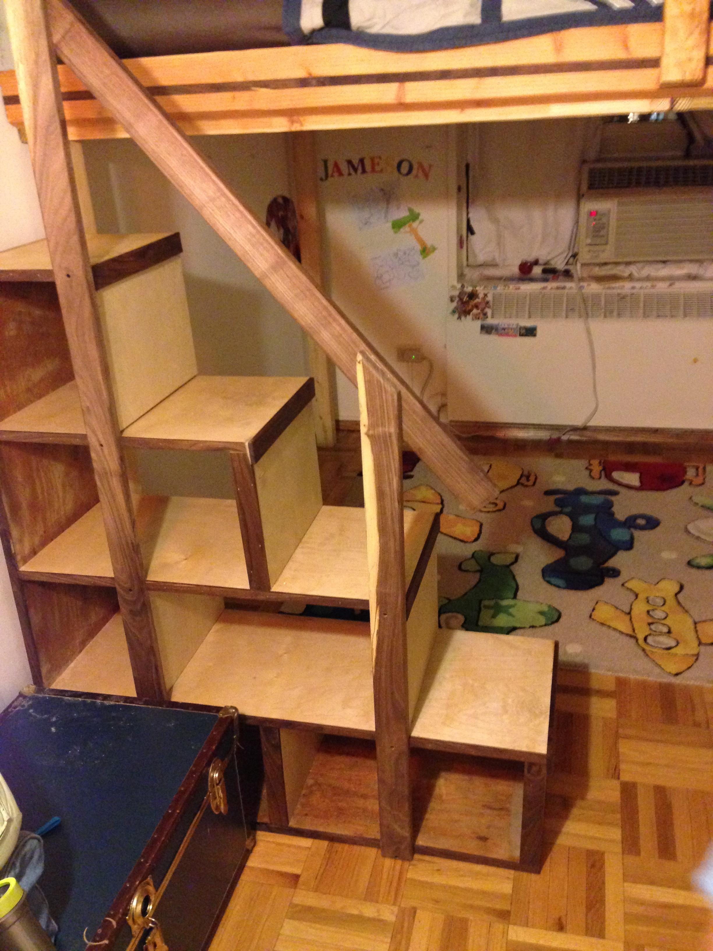 Yard Loft - Cubby Steps.JPG