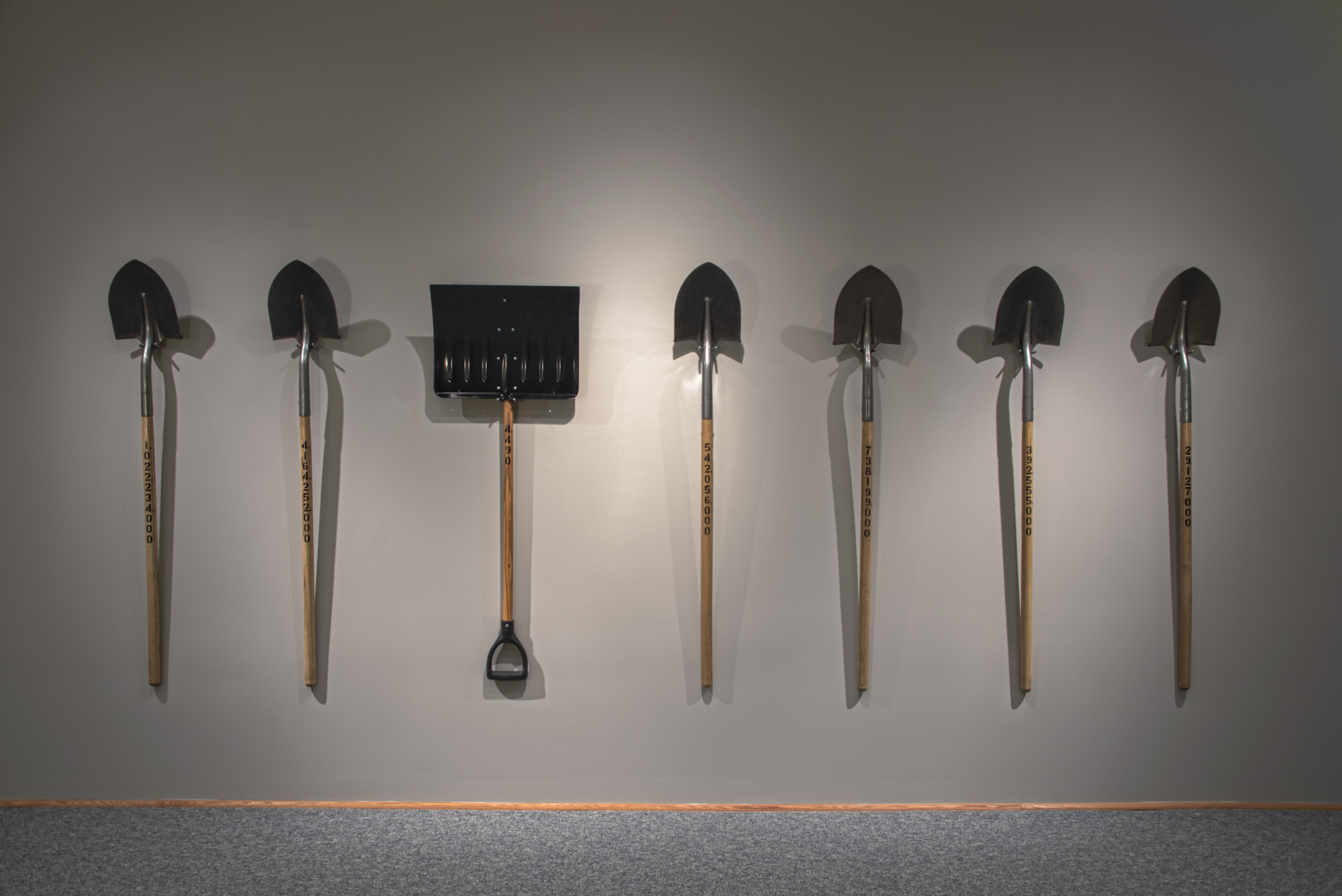 Readymade Shovels with Enamel Paint                                                                                       53 ½  x 8 ½x 1   ½  in   136 x 21.6 x 3.8 cm                                                                                                                  2016