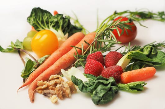 raw fruits and veggie are great for skin