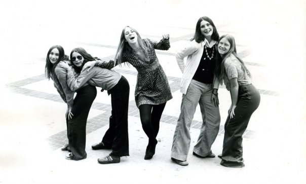 "Janis, Kim, Audrey, Jane and Nancy as ""The Haverettes"" (church band), Berkeley High School, 1974. Photo Peter Smith"