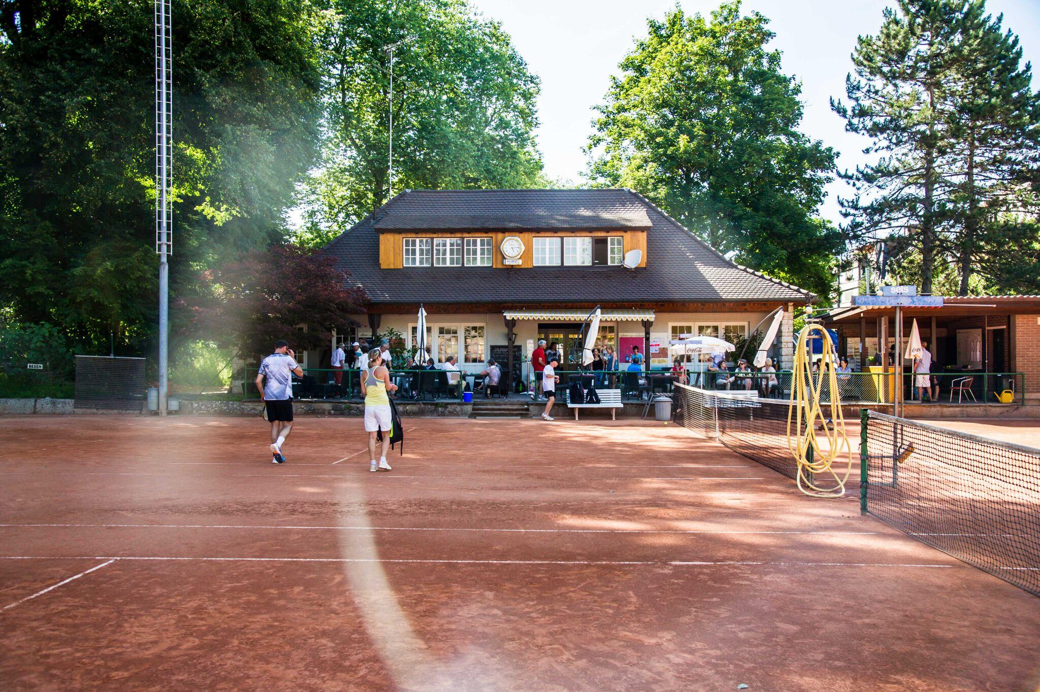 Willkommen im BLTC - - Willkommen im BLTC - dem traditionellen Tennisclub im idyllischen Margarethenpark.> Mehr