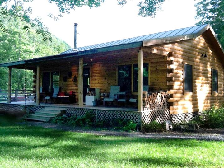 cabin for rack card.jpg