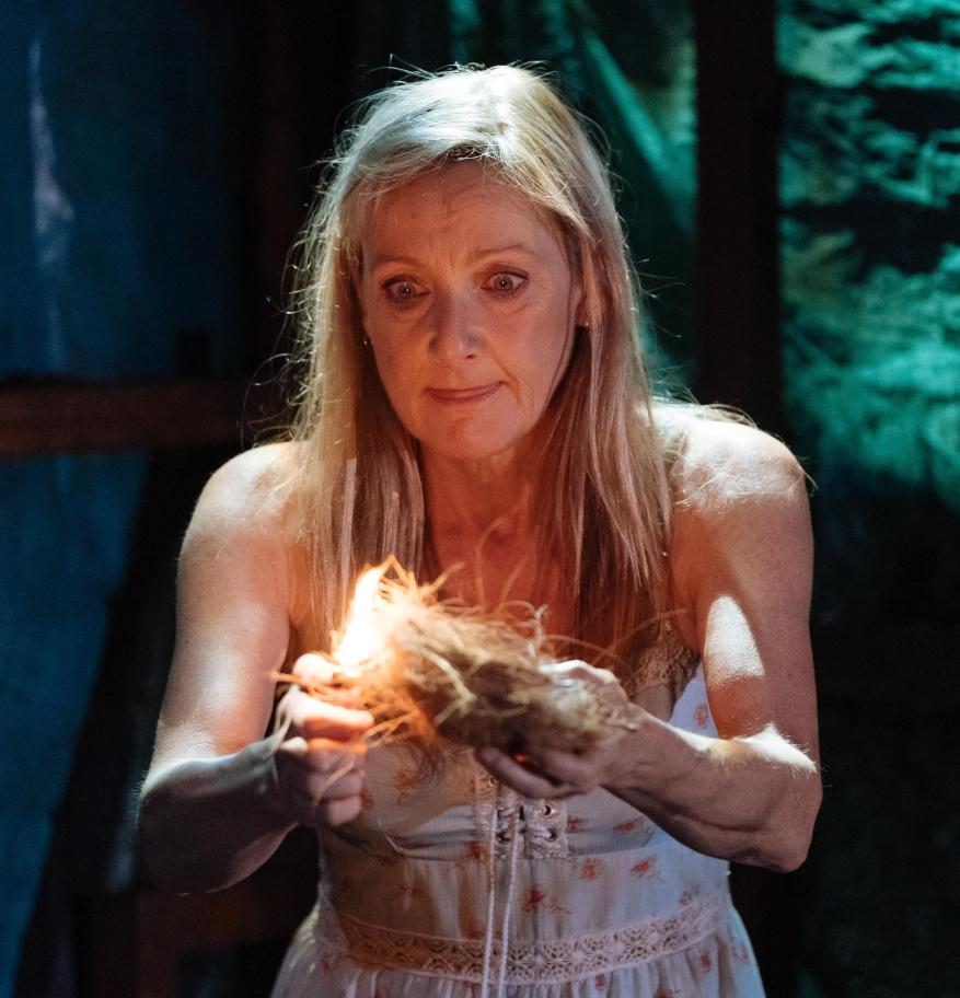The Woods by Robert Alan Evans | Director: Lucy Morrison | Design: Naomi Dawson | Sound & Music: Tom Gibbons | Photo: Manuel Harlan | Lesley Sharp