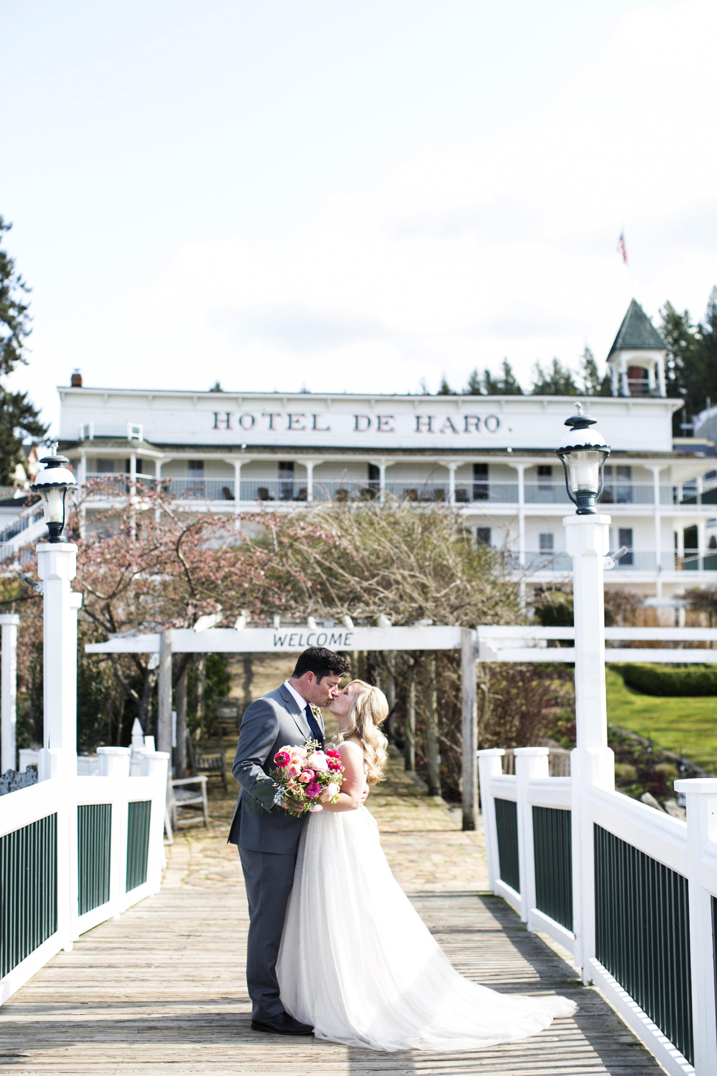 Roche-Harbor-Hull-Varnes-Wedding-0078Katie-Parra.JPG